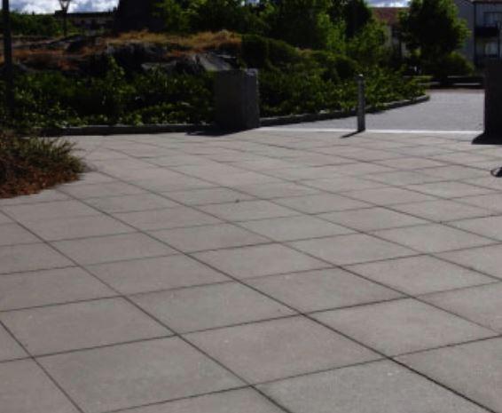 Kvadratiska betongplattor för gångyta